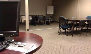 Kancelářský nábytek podle výšky